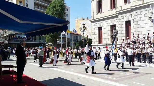 """Άλωση της Τριπολιτσάς: Τσολιάδες έκαναν παρέλαση με το """"...ναύτη του Αιγαίου"""" 1 Άλωση της Τριπολιτσάς: Τσολιάδες έκαναν παρέλαση με το """"...ναύτη του Αιγαίου"""""""