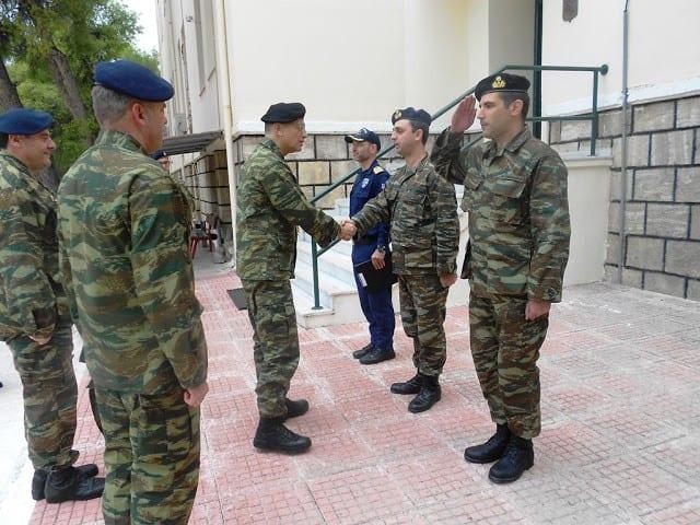 Ο Αρχηγός ΓΕΣ στις Σχολές Ειδικών Όπλων και Τηλεπικοινωνιών - ΦΩΤΟ