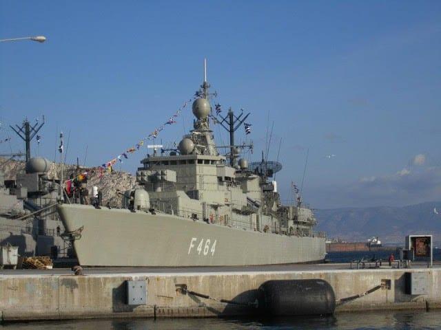 """ΦΡΕΓΑΤΑ ΚΑΝΑΡΗΣ: Το """"who is who"""" της ιστορικής φρεγάτας του Πολεμικού Ναυτικού"""