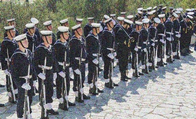 Στρατιωτική θητεία: Για ποιους μειώνεται - Ανυπότακτοι τι αλλάζει