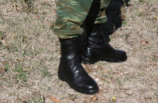 Ουδέτερες αρβυλα στρατιώτη