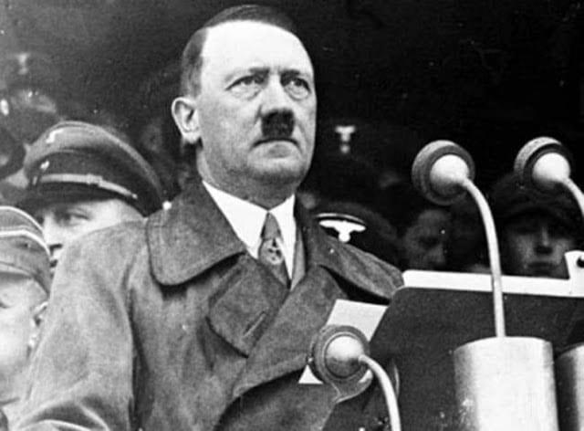 Χίτλερ: Σεξουαλική ζωή με «ιδιαιτερότητες» - Ομολογία ιστορικού Σεξουαλική ζωή Χίτλερ Αδόλφος ηγέτης ναζιστικής Γερμανίας