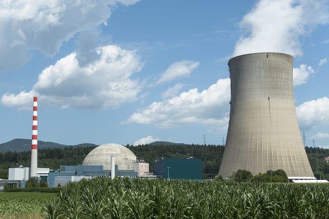 Αίγυπτος: Υπέγραψε συμφωνία με Ρωσία για πυρηνικό εργοστάσιο στο Κάιρο