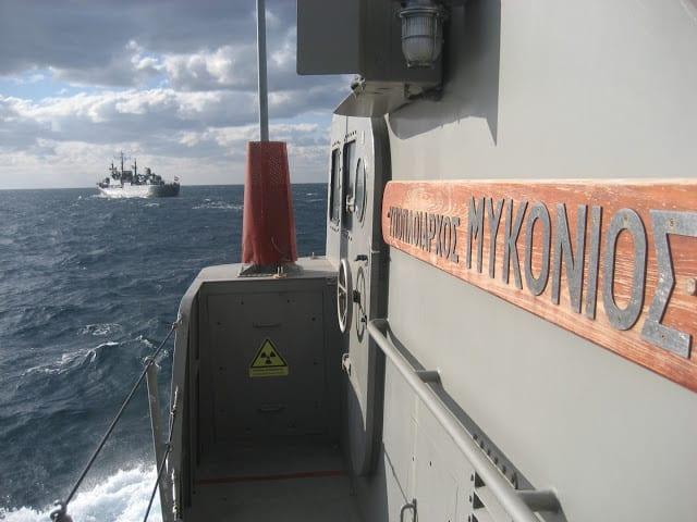 ΠΝ Ελλάδας - Αιγύπτου: Συνεκπαίδευση πλοίων στο Σαρωνικό - ΦΩΤΟ
