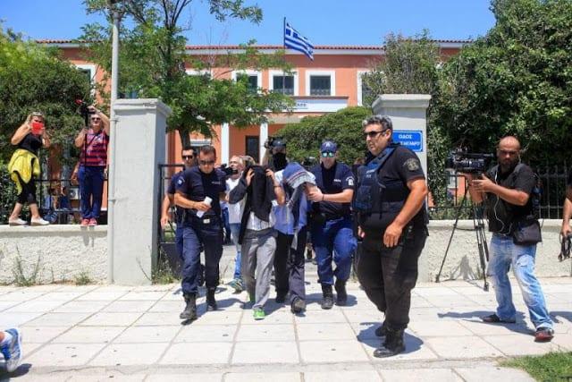 Τούρκοι στρατιωτικοί, άσυλο