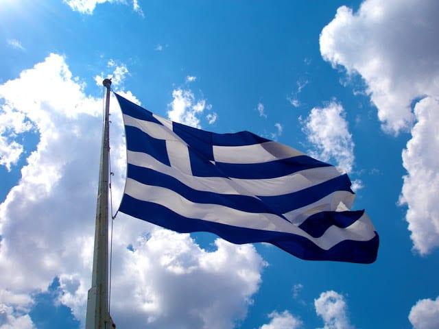 ελληνική σημαία λαός γερμανοί αξιωματικοί