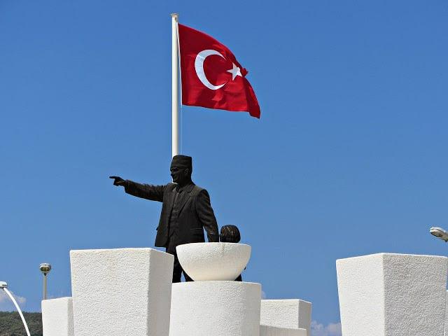 Τουρκία 12 Μαρτίου : Καθιερώνεται ο Τουρκικός «εθνικός ύμνος» - Τι λέει