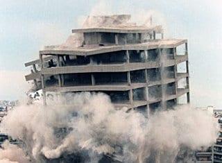 Κατεδάφιση κτιρίου Ερυθρού Σταυρού, 21 Μαΐου