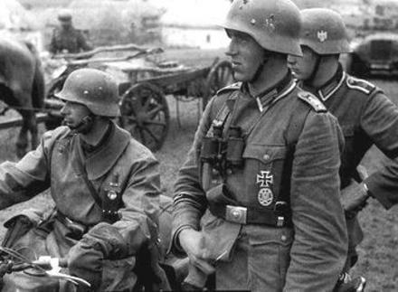 Γερμανικά στρατεύματα, 30 Μαΐου