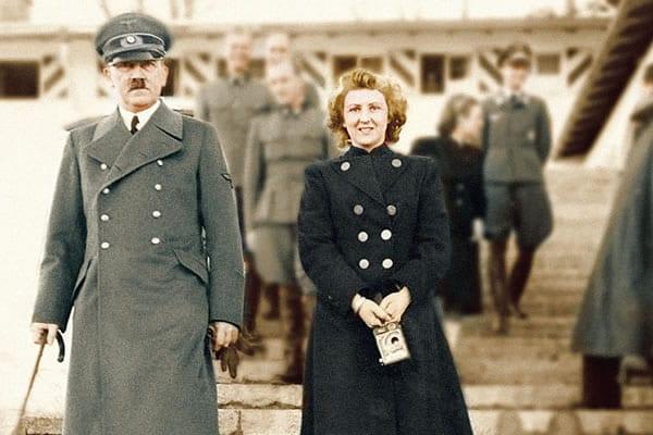 29 Απριλίου 1945: Χίτλερ και Εύα Μπράουν