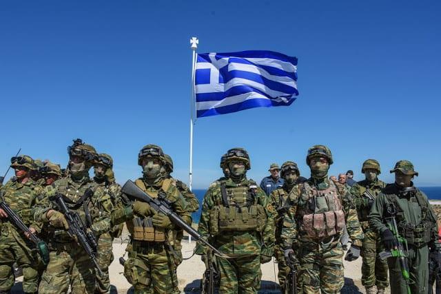 Ποιοι κερδίζουν από την ένταση στα ελληνοτουρκικά; Πατριωτισμός ή πατριδοκαπηλεία