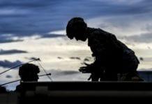 ουδέτερες, στρατός, επικοινωνίες