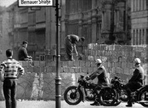 Τείχος του Βερολίνου, 13 Αυγούστου