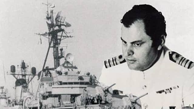Κίνημα του Ναυτικού, Νίκος Παππάς, Βέλος