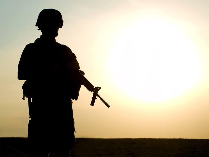 στρατιώτης στρατιωτικός, ουδέτερες
