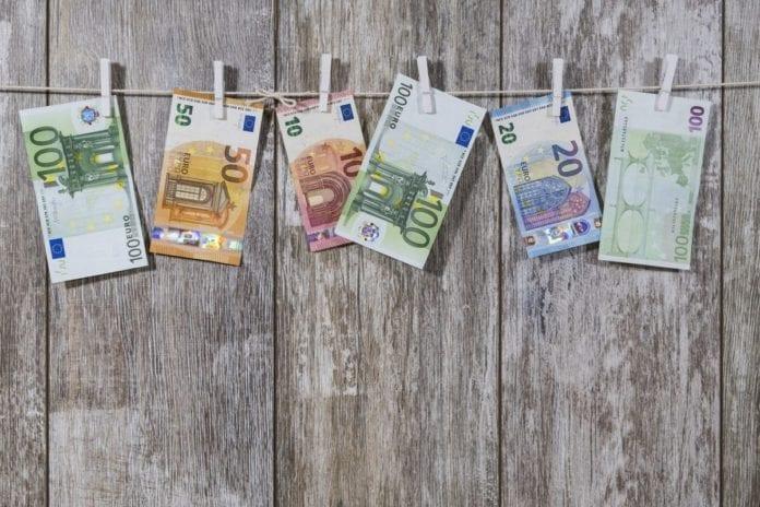 Έκτακτο Δώρο Πάσχα σήμερα 9 Απριλίου Συντάξεις Ιουλίου 2019: Ημερομηνία για ΙΚΑ-ΟΑΕΕ-ΟΓΑ-ΝΑΤ - ΚΕΑ Ιουνίου 2019 ΚΕΑ - Κοινωνικό Εισόδημα Αλληλεγγύης - Συντάξεις Φεβρουαρίου 2019 - ΕΦΚΑ – ΟΓΑ – ΟΑΕΕ Σήμερα 28 Ιανουαρίου 2019 η πληρωμή Χρήμα, αυξήσεις μισθών