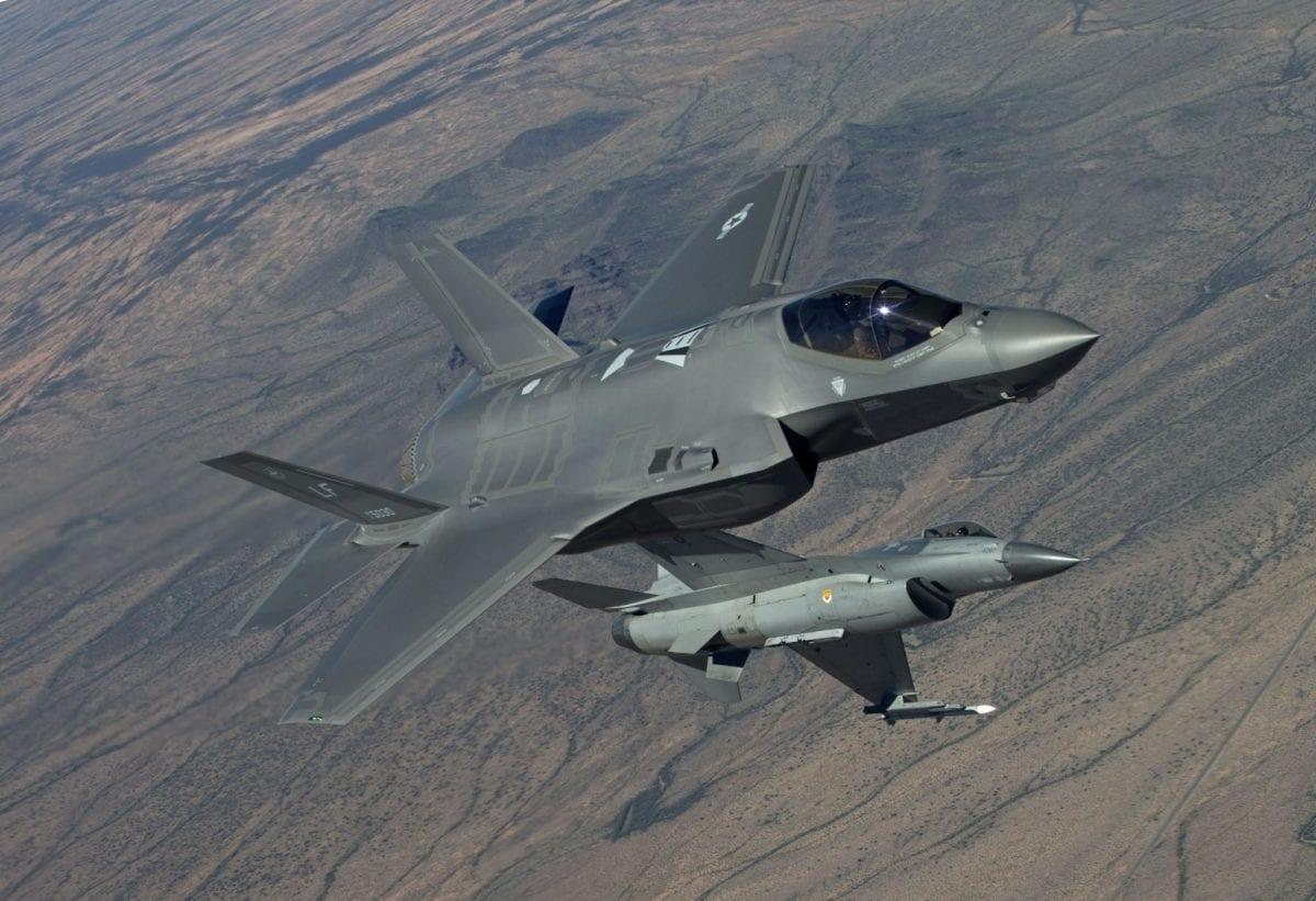 Προσομοίωση: Ελληνικά F-16 Viper εναντίον τουρκικών F-35