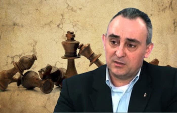 Γρίβας: Η Τουρκία γίνεται εξωστρεφής Βόρεια Κορέα Έβρος: Η Τουρκία σχεδιάζει την επόμενη φάση Κώστας Γρίβας: Ελλάδα, Τουρκία πόλεμος - Τι συμβαίνει στην Μεσόγειο Γρίβας: Πρόσδεση της Ελλάδας σε ακραίες αντι-Ρωσικές θέσεις