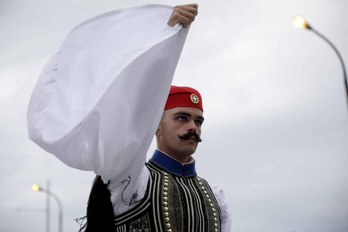 25η Μαρτίου: Τι ώρα αρχίζει η στρατιωτική παρέλαση στην Αθήνα Mπορεί να υπάρξει δημοκρατία χωρίς παιδεία;