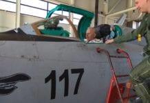 Ο Αρχηγός ΓΕΕΘΑ σε υπερηχητικό MIG-21