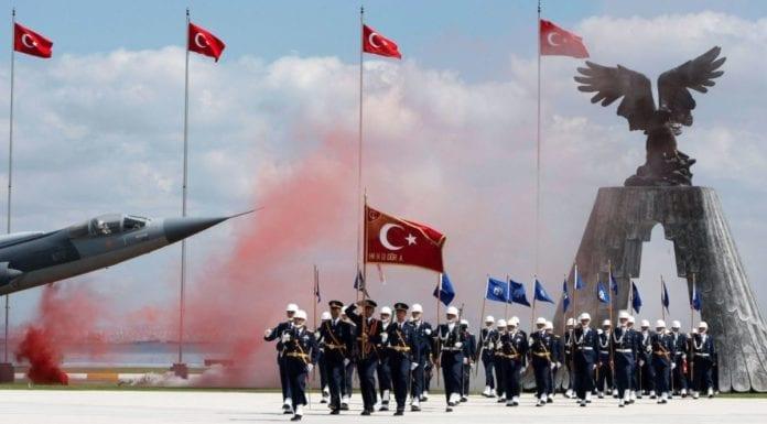 Τουρκία Κλείνουν Στρατιωτικές Σχολές αναβάλλονται ασκήσεις Τουρκία