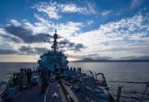 Το USS Winston Churchill με 90 Τόμαχοκ στη Σούδα