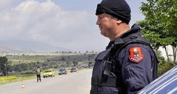 Απαγόρευση Κυκλοφορίας στην Αλβανία Αλβανία, κηδεία, προσαγωγές