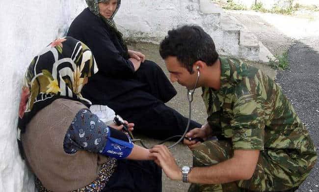 Στρατιωτικός γιατρός ΠΟΕΣ: Τελικά τι συμβαίνει με τους στρατιωτικούς και τους οικογενειακούς ιατρούς;