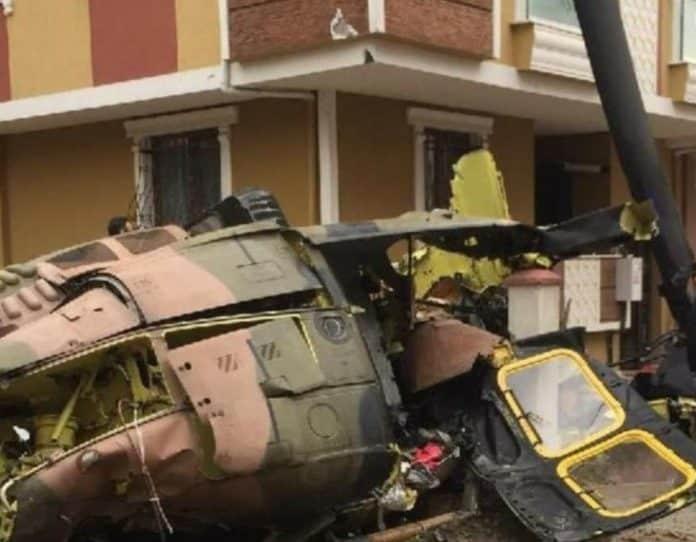 στρατιωτικό ελικόπτερο κωνσταντινούπολη