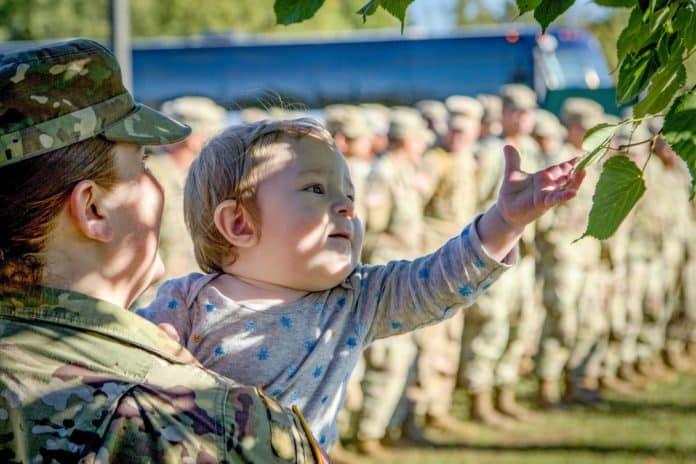 στρατιωτικοί Αναδρομικά ενστόλων, ΚΥΑ, κοινωνικά επιδόματα