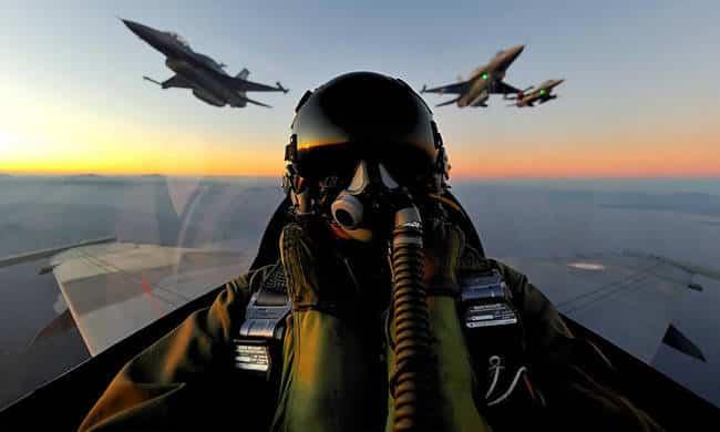 Εγκατάλειψη αεροσκάφους σε αναχαίτιση: Συγκλονιστική περιγραφή Έλληνες πιλότοι: Οι καλύτεροι μαχητές του ΝΑΤΟ
