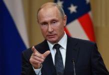 Πούτιν: Επιμένει στη μη ανάμιξη στις αμερικανικές εκλογές του 2016