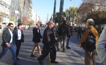 Πολυτεχνείο: Προπηλάκισαν τον ΑΝΥΕΘΑ Πάνο Ρήγα