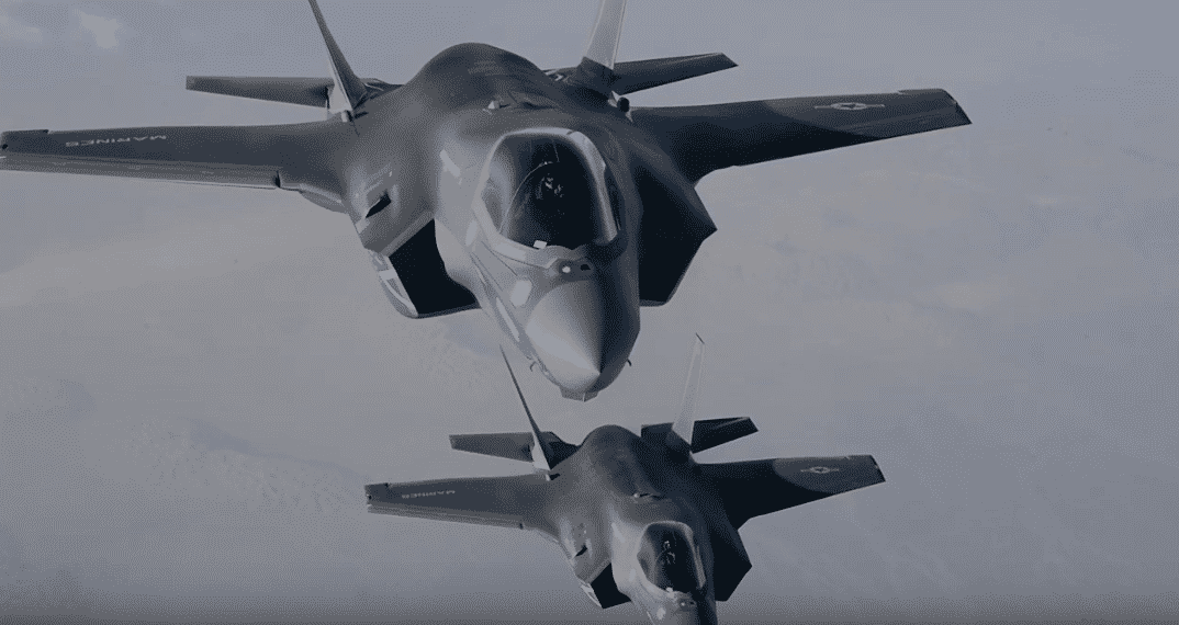 F-35 την Πέμπτη 4 Απριλίου πάνω από την Ακρόπολη στο πλαίσιο της άσκησης Ηνίοχος2019 της Πολεμικής Αεροπορίας
