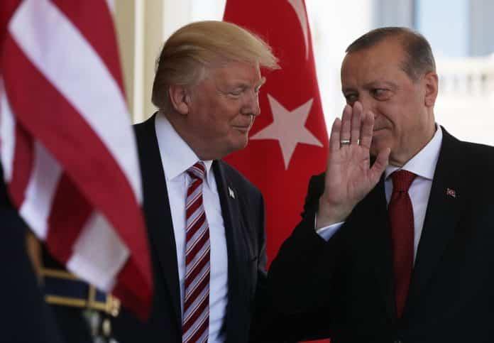 «Ψήνεται» επίσκεψη Τραμπ στην Τουρκία