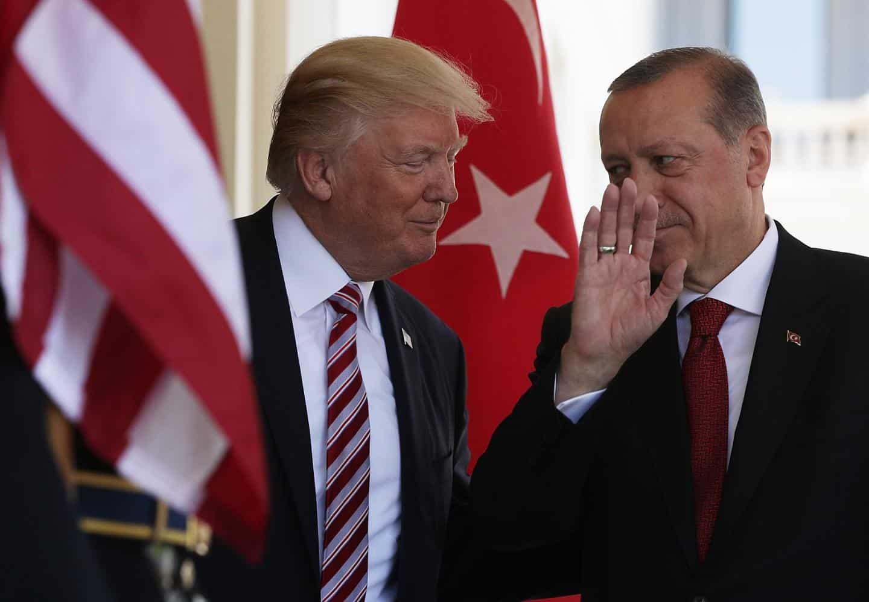 Τραμπ: Μόνο μέχρι 100 F-35 μπορεί να αγοράσει η Τουρκία Τραμπ: Για την αγορά των τουρκικών S-400 φταίει ο Ομπάμα F-35 και S-400 Ερντογάν «Ψήνεται» επίσκεψη Τραμπ στην Τουρκία
