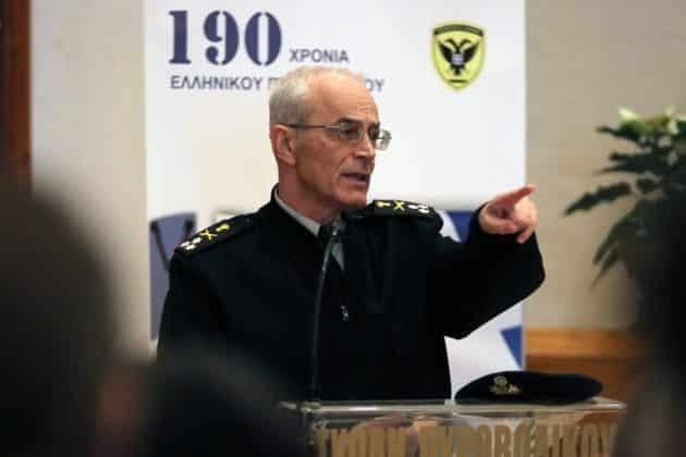 Αρχηγός ΓΕΣ Αντιστράτηγος Καμπάς