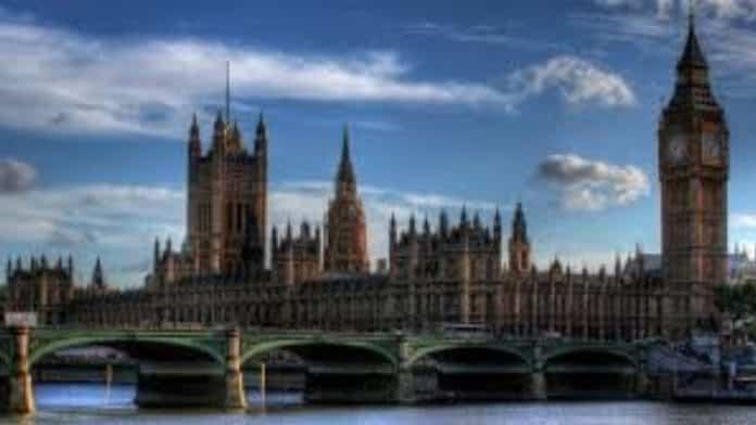 Βρετανία Brexit: Εγκρίθηκε η