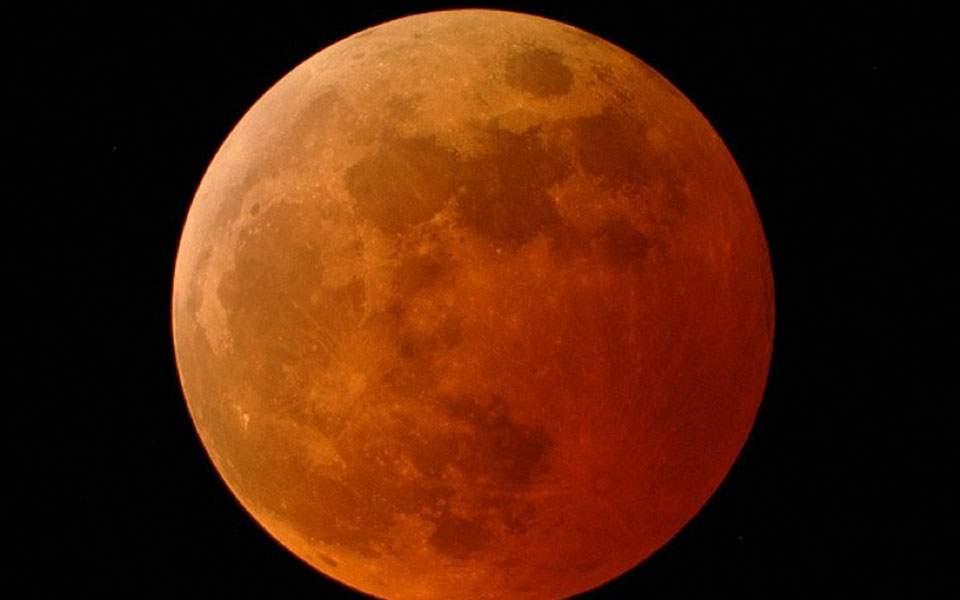 Πανσέληνος Οκτωβρίου 2019: Αύριο 13/10/2019 η Μαύρη Πανσέληνος Ολική έκλειψη Σελήνης σήμερα και Υπερπανσέληνος - Πού θα την δείτε - Τι ώρα αρχίζει