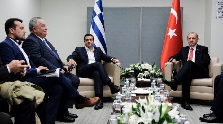 Hurriyet: Ο Αλέξης Τσίπρας προσπάθησε να εκδώσει τους 8 Τούρκους