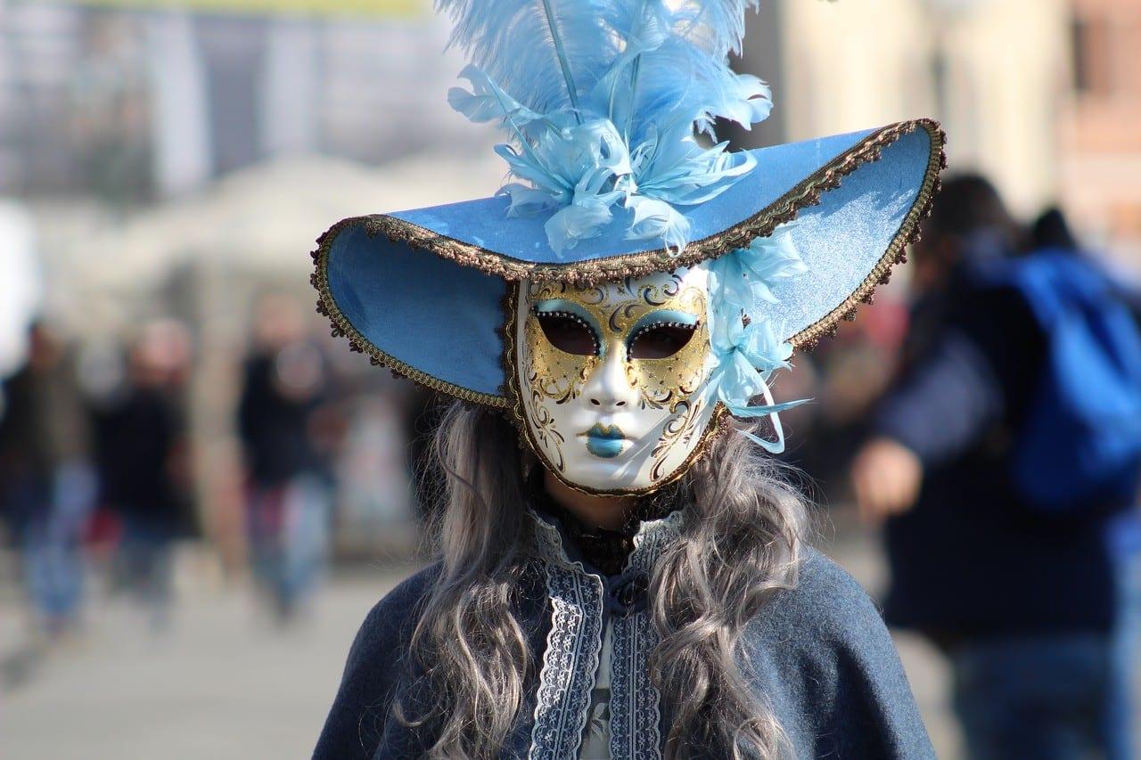 9 Φεβρουαρίου Τελώνου και Φαρισαίου Ανοίγει το Τριώδιο - Πάσχα 2020