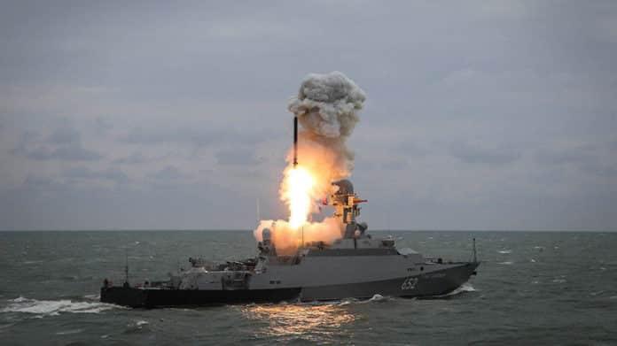 Πυραύλος Kalibr: Χερσαία έκδοση αναπτύσουν οι Ρώσοι