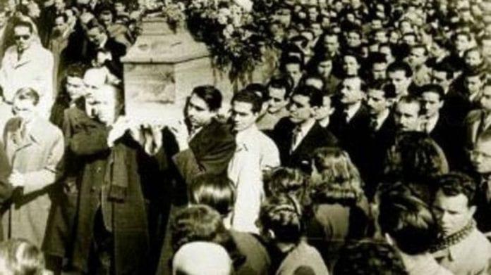 28 Φεβρουαρίου - Ο Σικελιανός στην κηδεία Παλαμά: «Ηχήστε Σάλπιγγες»