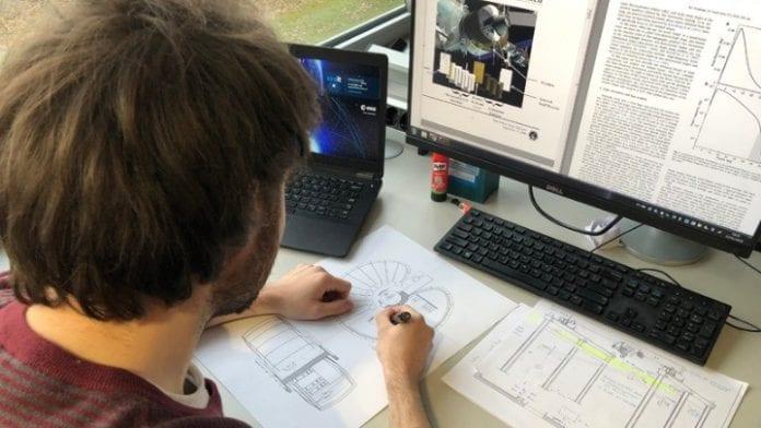 Έλληνας φοιτητής σχεδιάζει κατοικίες στη Σελήνη