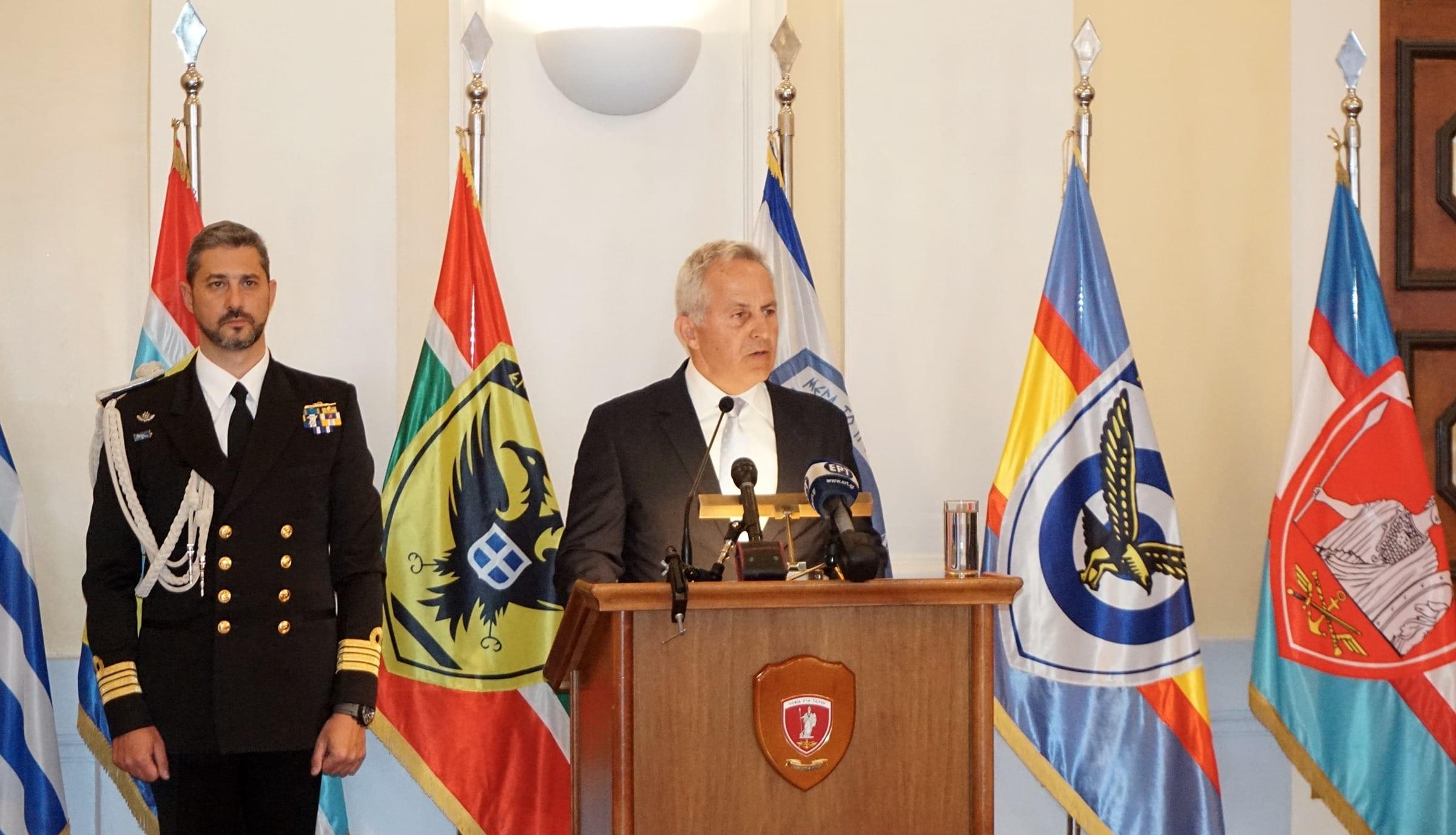 Αποστολάκης: Οι Ένοπλες Δυνάμεις είναι σε ετοιμότητα Υπουργείο Εθνικής Άμυνας: Τι συζητούν για τα ΜΟΕ με τους Τούρκους