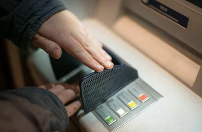 ΑΤΜ: Νέες χρεώσεις αναλήψεις από 1/7/2019 - Πόσο θα πληρώνουμε