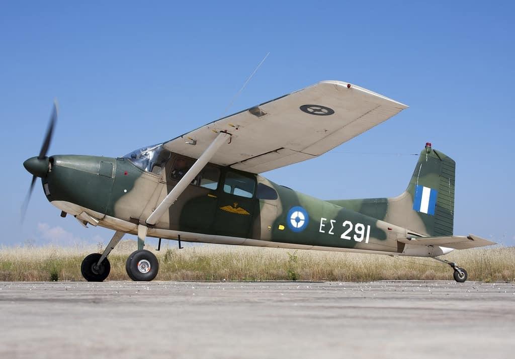 Ατύχημα με αεροσκάφος Cessna στον Στρατό Ξηράς - Αναποδογύρισε στο αεροδρόμιο - Καλά στην υγεία του το πλήρωμα