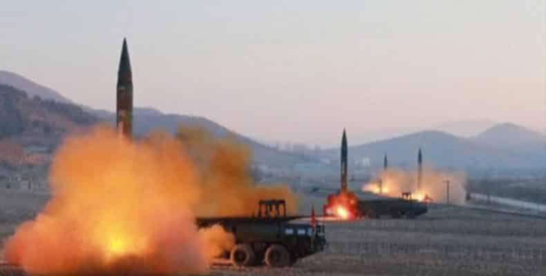 Βόρεια Κορέα: Ομοβροντία πυραύλων μικρού βεληνεκούς προς Ιαπωνία