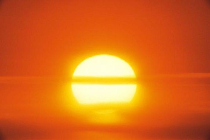 Πότε αλλάζει ο καιρός: Έρχονται βροχές μετά τον ασυνήθιστο για την εποχή καύσωνα, σύμφωνα με το HellenicWeather.com Καλοκαίρι 2019: Καύσωνες, πυρκαγιές και καταιγίδες - Πρόγνωση