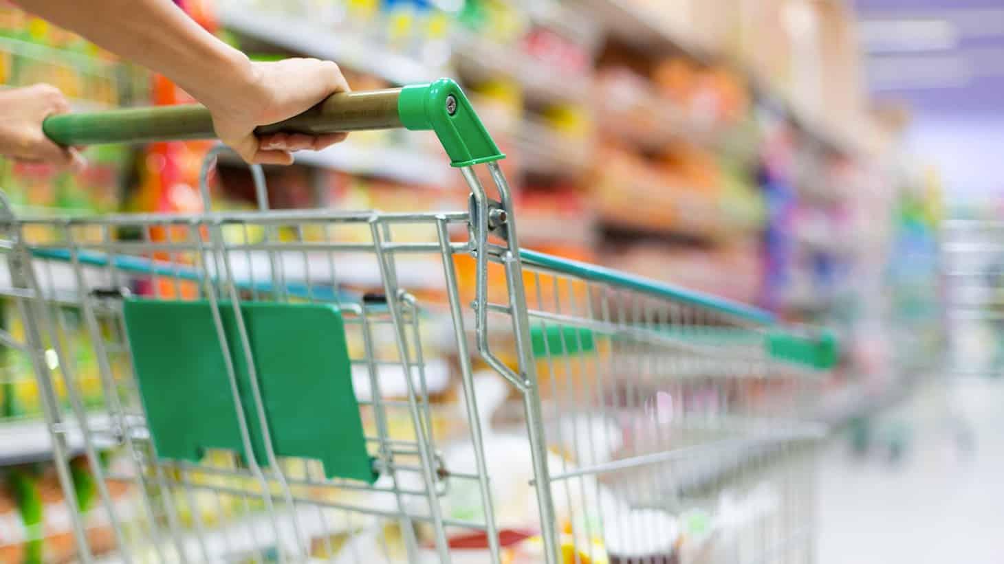 σούπερ μάρκετ Αγίου Πνεύματος 2019: Πού είναι αργία για καταστήματα και super market Αλλαγή ΦΠΑ 2019: Μείωση ΦΠΑ τροφίμων 2019 & υπηρεσιών - Λίστα